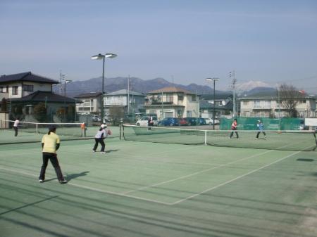 テニスガーデン・ながの練習風景